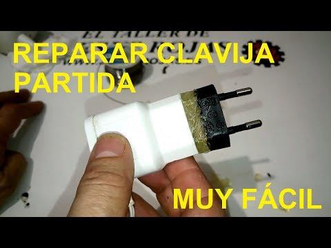 Reparar clavija de enchufe partida de un adaptador eléctrico
