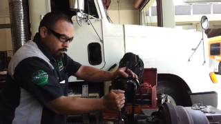 checking clearance between brake shoe and brake drum