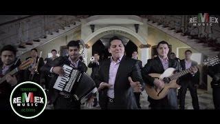 Un Par De Cerdos - Banda La Trakalosa  (Video)