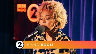 Emeli Sandé   Extraordinary Being (Radio 2 Piano Room)