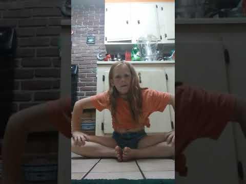 how I learned how to do my splits
