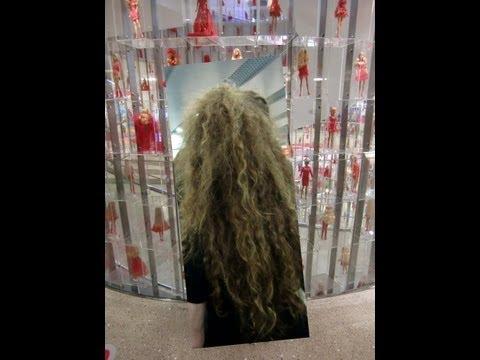 In Shanghai war ich im Barbie-Puppen- Shop...