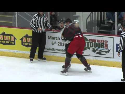 Garrett Klotz vs. Danick Paquette