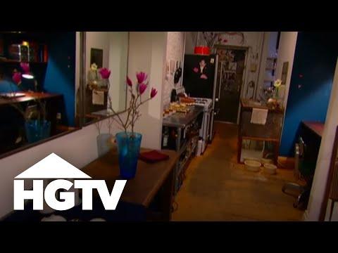 Small Apartment Design: Cozy, Chic New York Apartment - HGTV