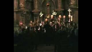 preview picture of video 'Coral Griñón - Manos Unidas 20120225 - Quince años tiene mi amor'