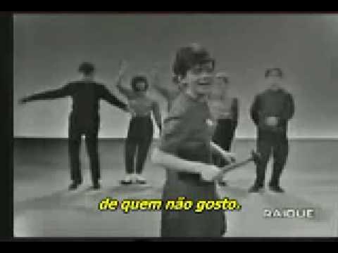 Legends of Music : Rita Pavone > Datemi un Martello - Vídeo Legendado
