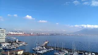 preview picture of video 'Una città in un minuto? Napoli!'