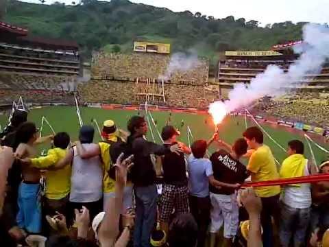 """SUR OSCURA - NUEVO TEMA (IDOLO) + GOL VS CUENCA 2012"" Barra: Sur Oscura • Club: Barcelona Sporting Club"