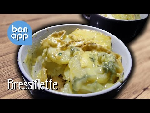 Запеченная курица с картофелем и сыром с голубой плесенью (Bressiflette) - Оригинальные рецепты