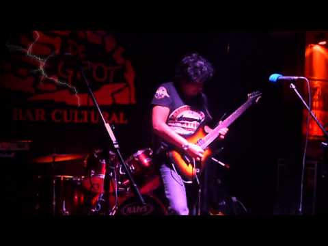 Val Staccato - Fight To The End (Live at D´Grot)