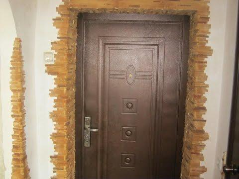 Простое решение скрыть неровные углы в прихожей дверных откосов