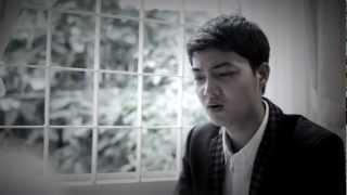 Khóc giả - Nguyên Hy