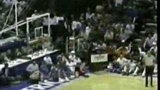 Nba action - top 10 best dunks of 80's and 90's
