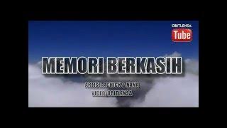 Gambar cover Memori Berkasih – Achik & Nana
