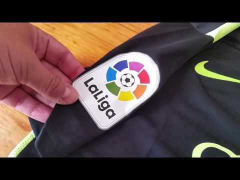 Desempaquetado camiseta Sporting de Gijon