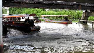 preview picture of video 'Taling chan floating Market MVI_1560.MOV'