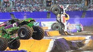 Monster Truck Monster Jam 2015 Battle Sydney Australia Donuts Backflip Freestyle
