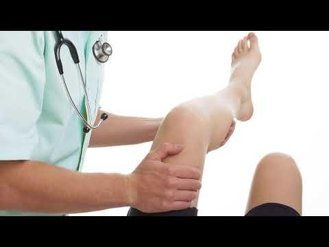 Почему болят вены на ногах и появляются синяки под коленями?