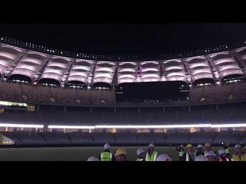 hqdefault - Probando el impresionante sistema de iluminación en el nuevo estadio de Perth