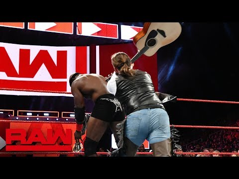 Elias' biggest fan tries to bash Bobby Lashley with a guitar: Raw, Aug. 13, 2018