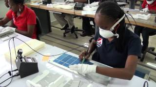 preview picture of video 'African sun power Dutch solar panels'