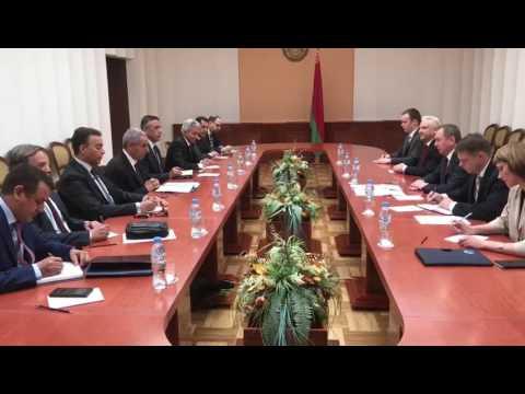 الوزير/ طارق قابيل يعقد جلسة مباحثات مع وزير خارجية بيلاروسيا