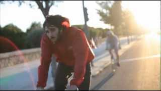 preview picture of video 'Fixed-Gear city ride Cinelli in Valencia v1.0'
