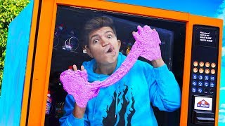 Making SLIME with a GIANT VENDING MACHINE! (Preston Mystery Slime Experiment)