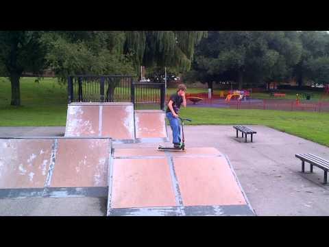 mess around at ardsley skate park