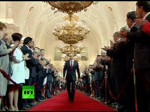 Kremlin (Betekenis/definitie van/wat is) » Volkabulaire