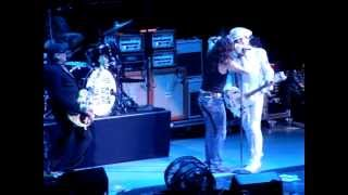 Steve Tyler and Cheap Trick sing Beatles Medley Austin Texas