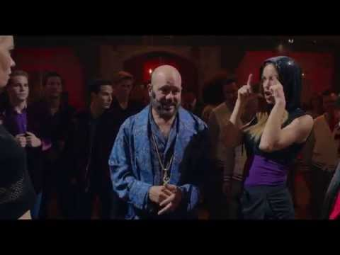 Pitch Perfect 2 (Clip 'Face Off')