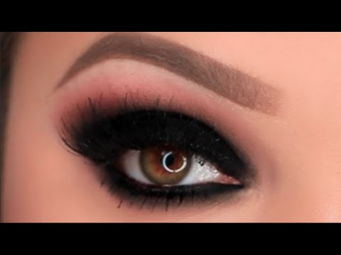 Black Smokey Eye Makeup Tutorial
