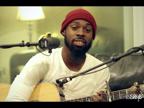 Mali Music Performs
