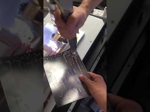 Sửa máy laser tại công ty