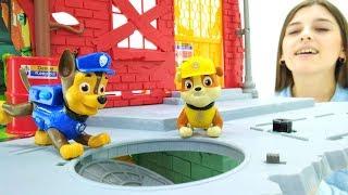 Щенячий патруль - Видео с игрушками - Щенки играют в Toyclub
