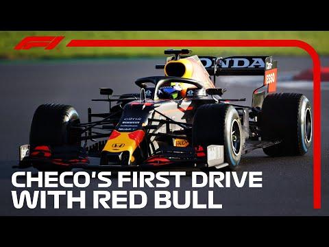 セルジオ・ペレスがRB16Bをシルバーストーンでテストドライブする動画。F1 2021 レッドブル「RB16B」
