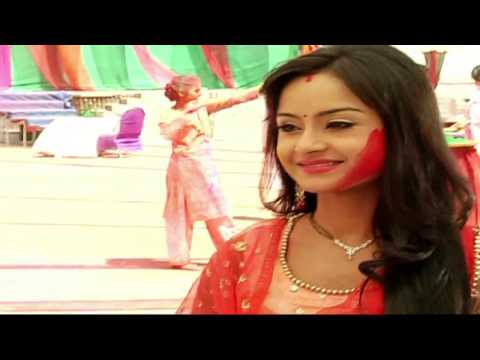Watch: Simar's Holi with Shastri Sisters