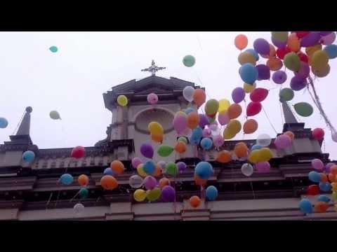Il lancio dei palloncini