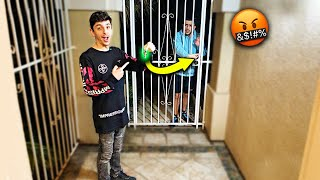 FaZe RUG KICKED ME OUT OF MY HOUSE! *ANGRY REACTION*