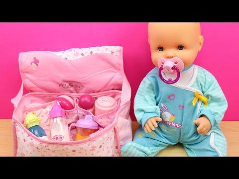 Bolso Cambiador para la bebé | La muñeca Bebé Nenuco come papilla, hace pipí y le cambio el pañal
