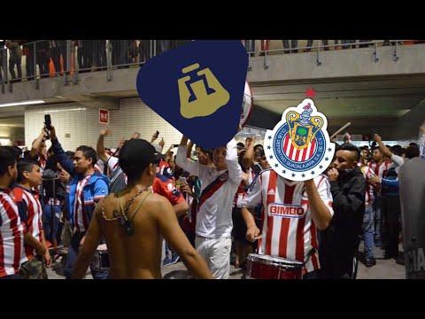 """""""GANES O PIERDAS AQUÍ ESTÁ TU GENTE REBAÑO!! Chivas vs pumas 1-2 salida irreverente, reja y legió"""" Barra: La Irreverente • Club: Chivas Guadalajara"""