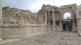 preview picture of video 'Beit She'an National Park: the ancient Roman theater'