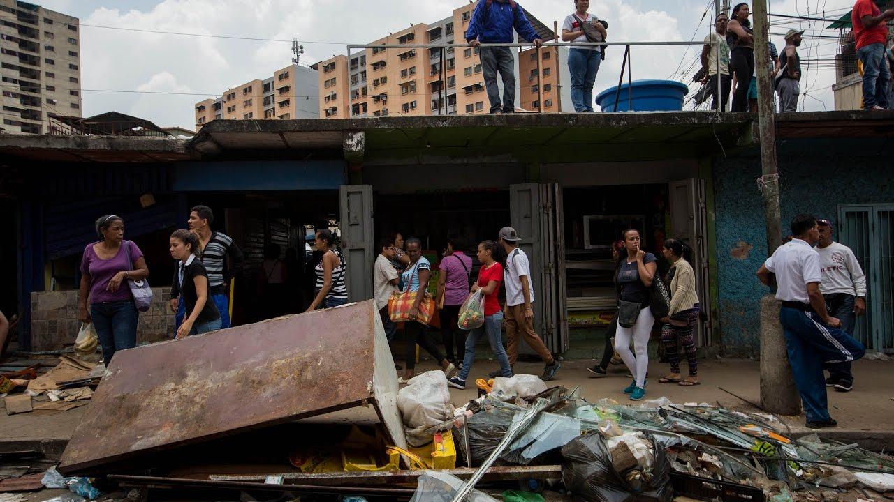 El vandalismo se aprovechó de las protestas ciudadanas en Caracas