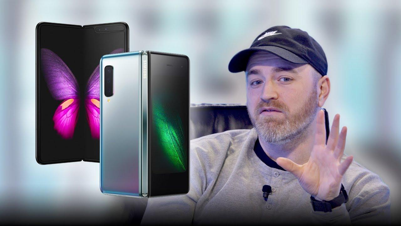 Samsung Galaxy Fold - NEW Hands On Footage thumbnail