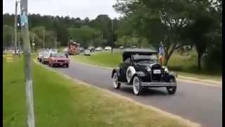 preview picture of video 'Santa Ana de los Guácaras. Autos clásicos.'