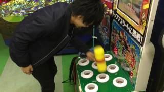 吉田沙保里選手に勝てるか!?スーパーモグラたたきに挑戦!
