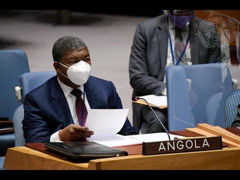 Presidente angolano pede fim de embargo de armas ao Governo da RCA