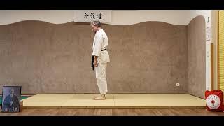 Ushiro-Ukemi (Rückwärtsrolle) Vorübung