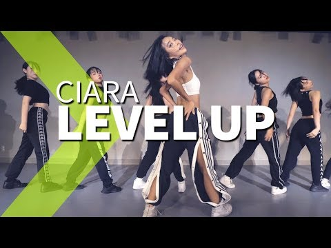 Ciara - Level Up / HAZEL Choreography.